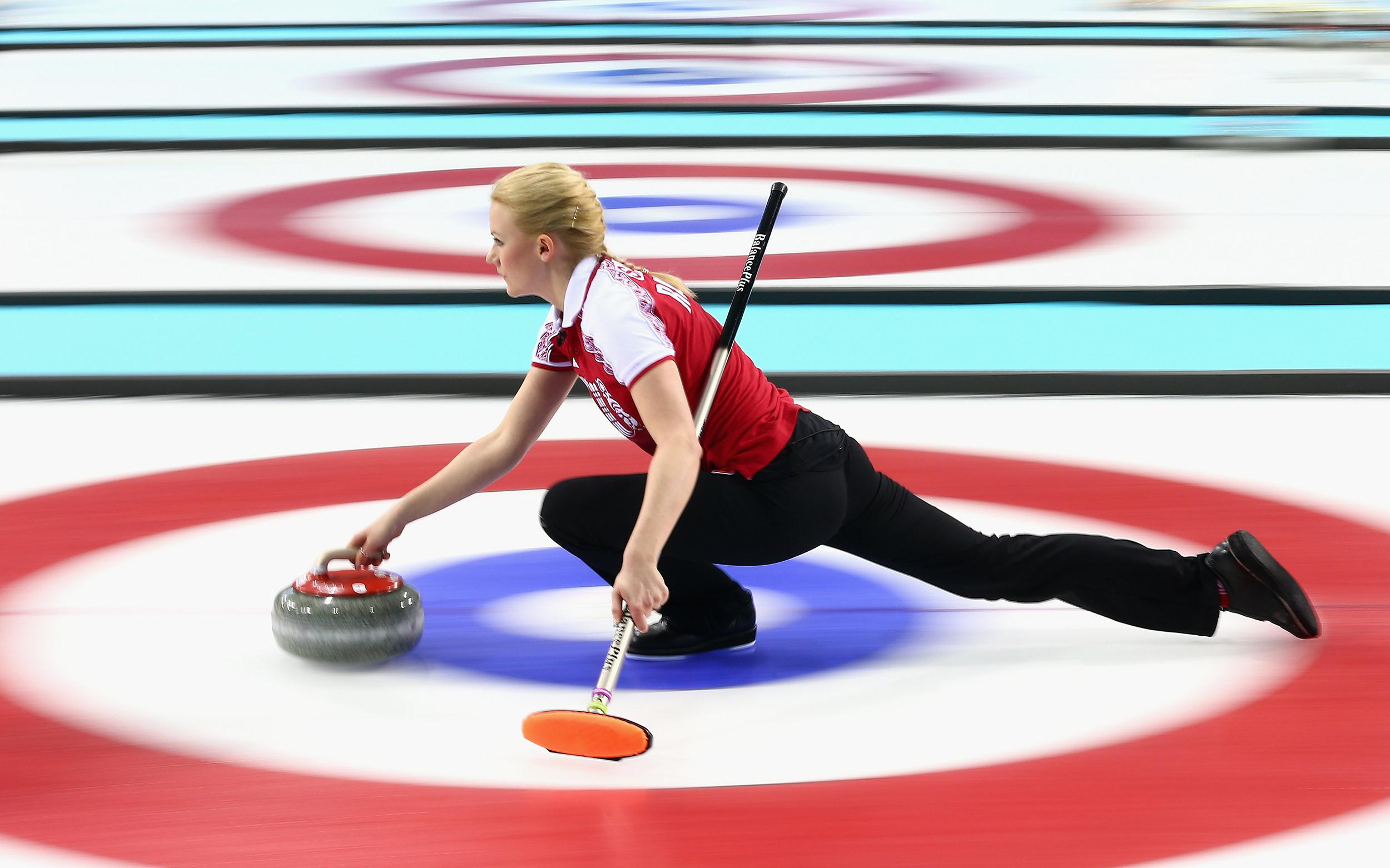 Use of High-Tech Brooms Divides Low-Tech Sport of Curling ...