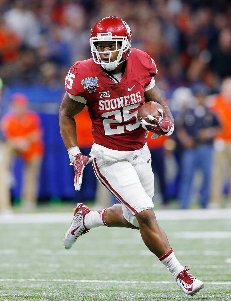 Joe Mixon had 91 yards rushing, 89 receiving and scored two touchdowns against Auburn and set OU's single-season record for all-purpose yards. (PHOTO: Ty Russell, OU media relations)